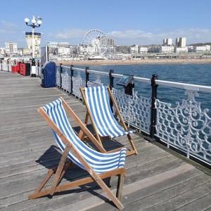 deckchairs-327168_640